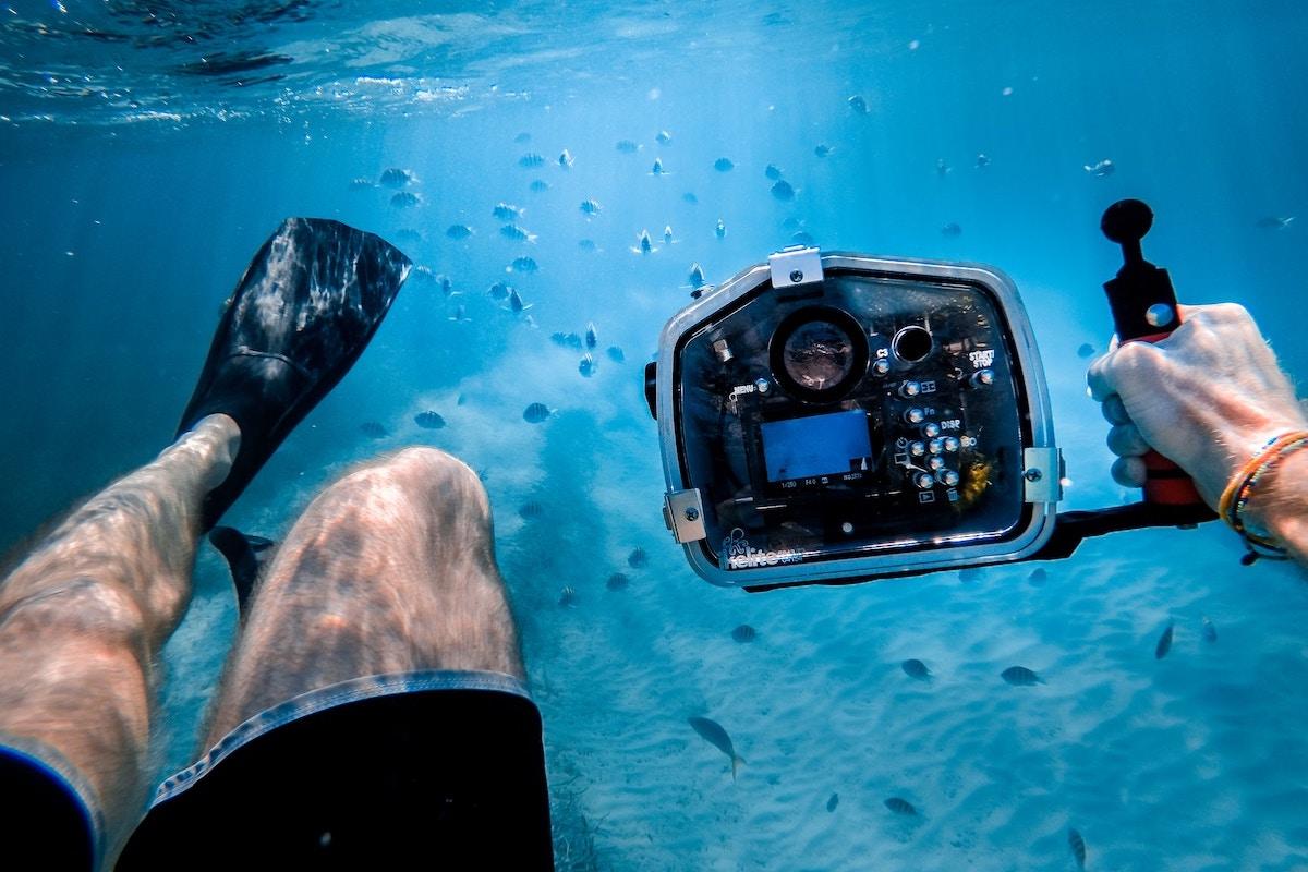 Deep-Sea Diving